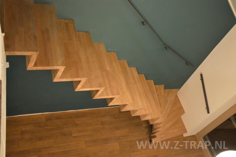Zwevende Trap Veiligheid : Z trap referenties